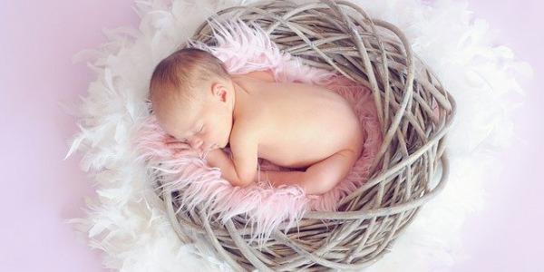 Aceite de oliva para el culete del bebe
